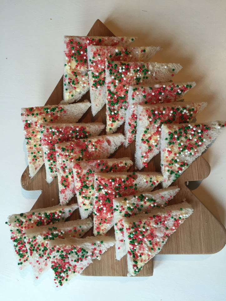 How to make christmas fairy bread me and b make tea - Make delicious sweet bread christmas ...